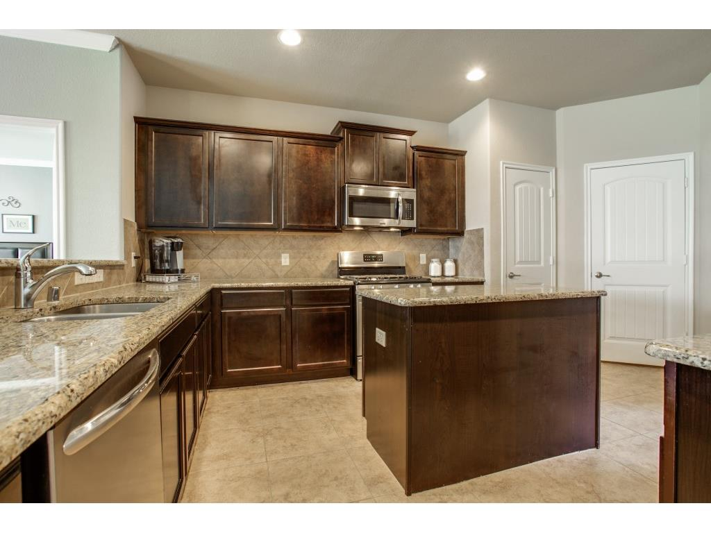 Sold Property | 1421 Christina Creek Drive Little Elm, TX 75068 8