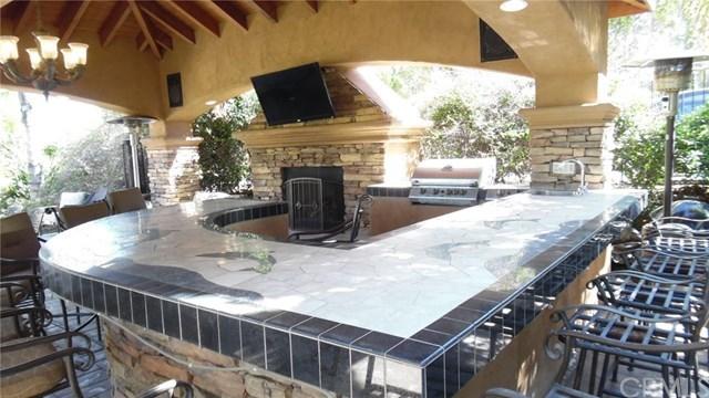 Active | 928 Randall Ranch Road Corona, CA 92881 44