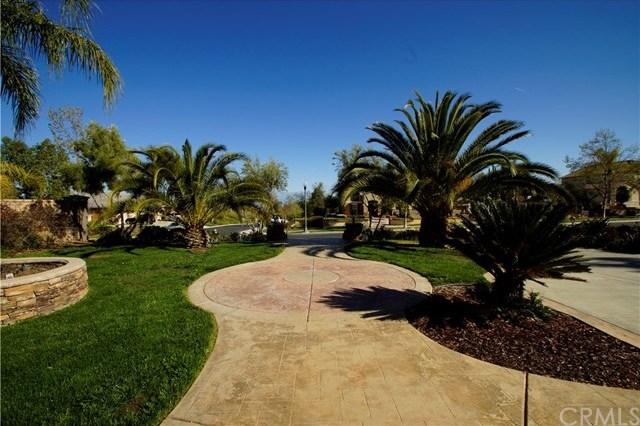 Active | 928 Randall Ranch Road Corona, CA 92881 7