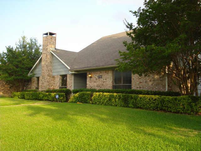 Sold Property | 2622 Summertree Drive Carrollton, Texas 75006 1