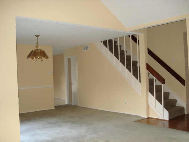 Sold Property | 2622 Summertree Drive Carrollton, Texas 75006 4