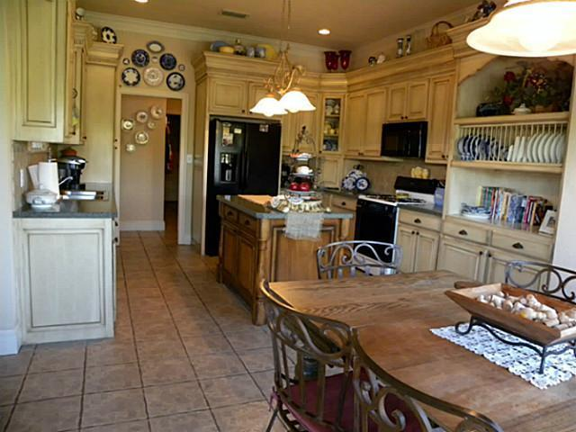 Sold Property   1604 High Point Drive Pilot Point, Texas 76258 19