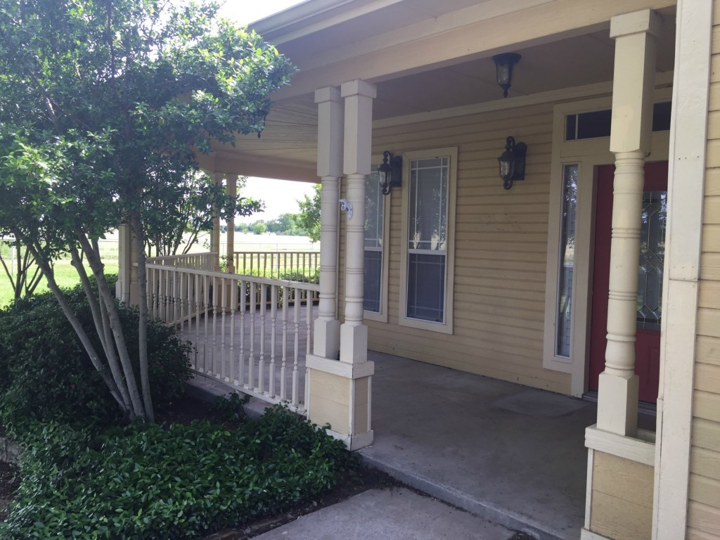 Sold Property   216 S Florence Street Tioga, Texas 76271 1