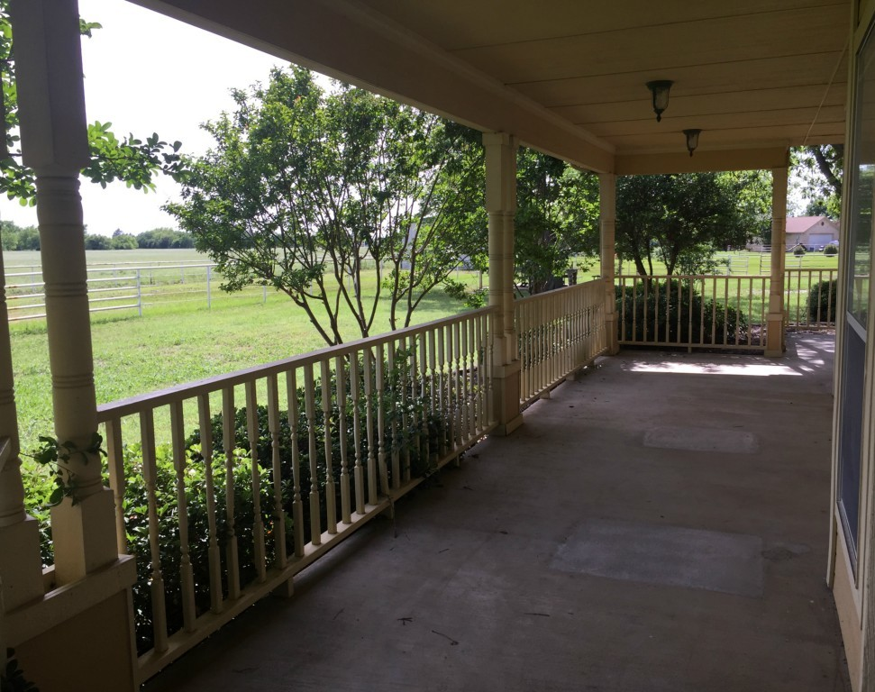 Sold Property   216 S Florence Street Tioga, Texas 76271 2