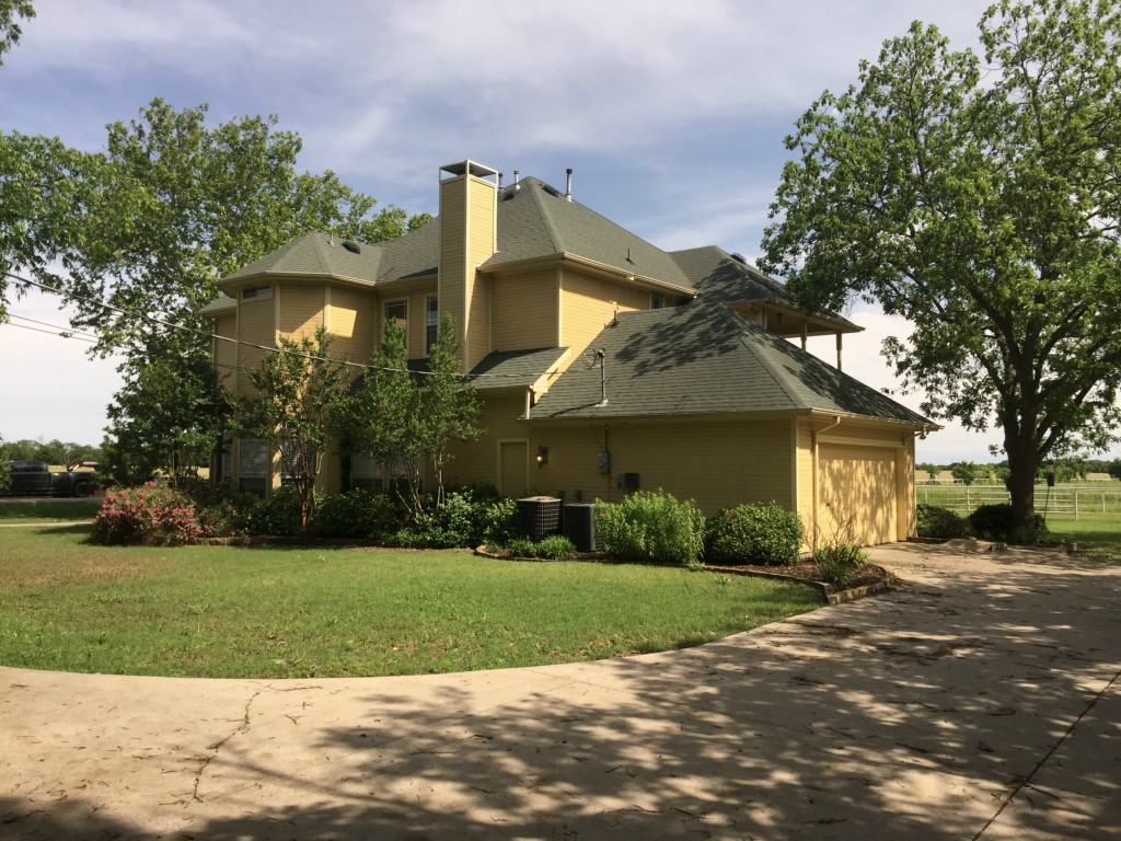 Sold Property | 216 S Florence Street Tioga, Texas 76271 4