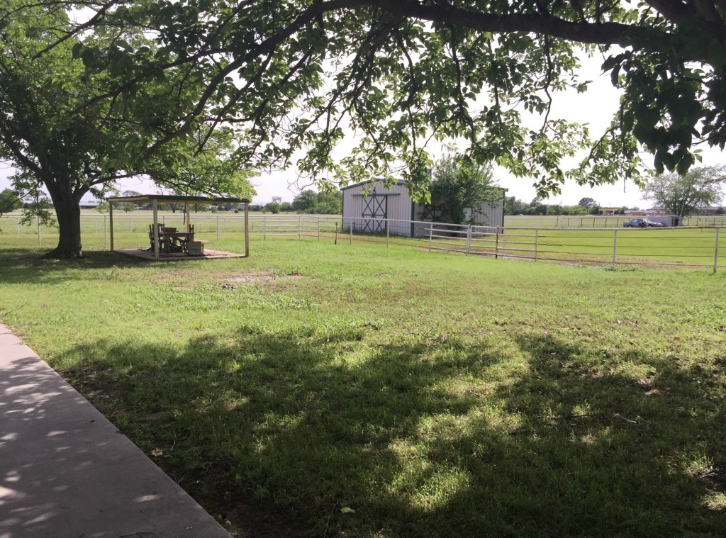Sold Property   216 S Florence Street Tioga, Texas 76271 5