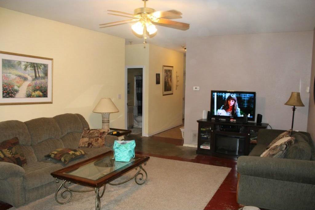 Sold Property | 310 Texas Drive Lake Dallas, Texas 75065 2