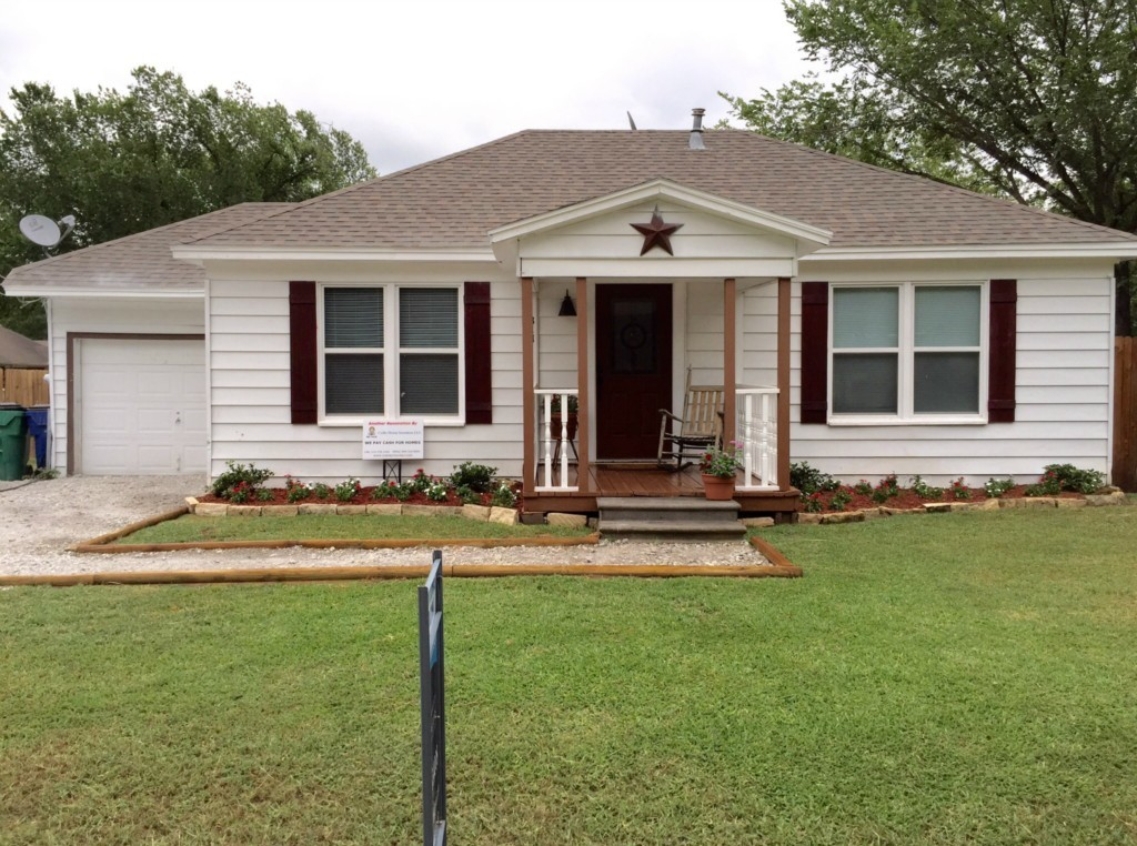 Sold Property | 311 S Sherman Street Pilot Point, Texas 76258 0