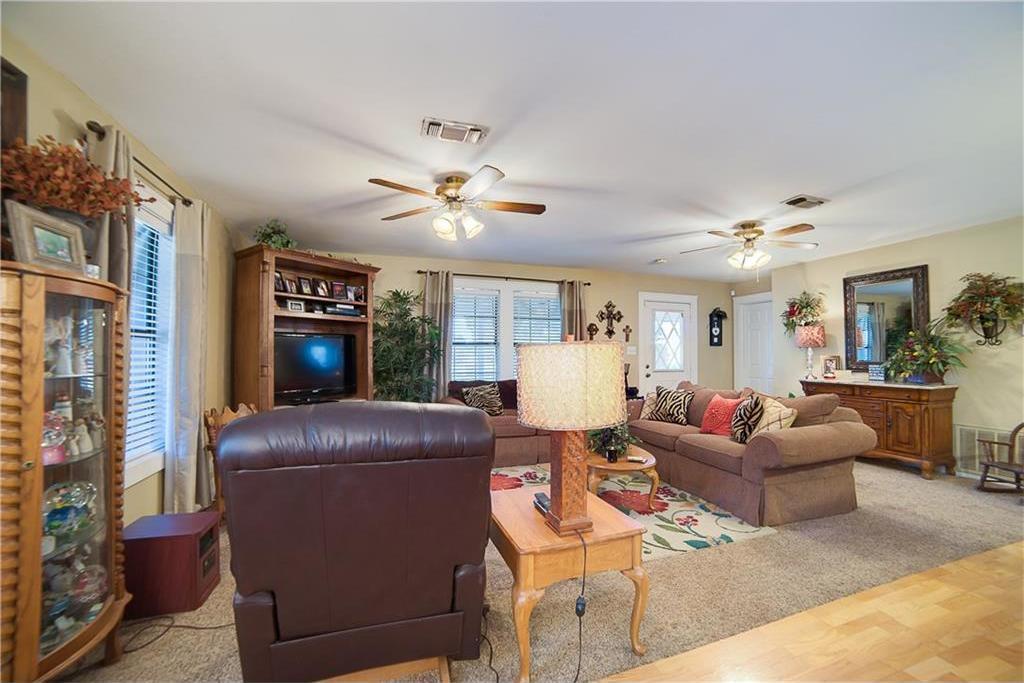 Sold Property | 701 S Cherokee Drive Tioga, Texas 76271 11
