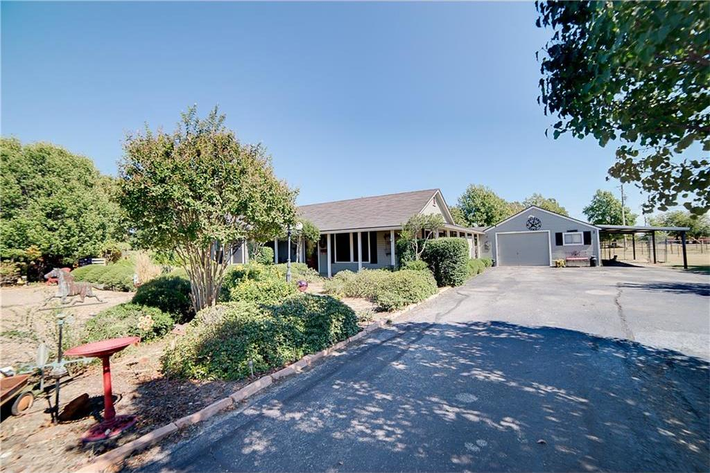 Sold Property | 701 S Cherokee Drive Tioga, Texas 76271 2