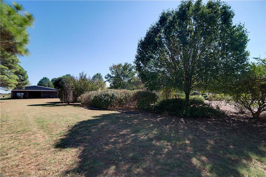 Sold Property | 701 S Cherokee Drive Tioga, Texas 76271 3