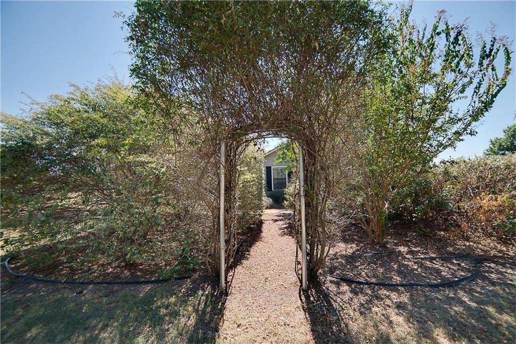 Sold Property | 701 S Cherokee Drive Tioga, Texas 76271 8