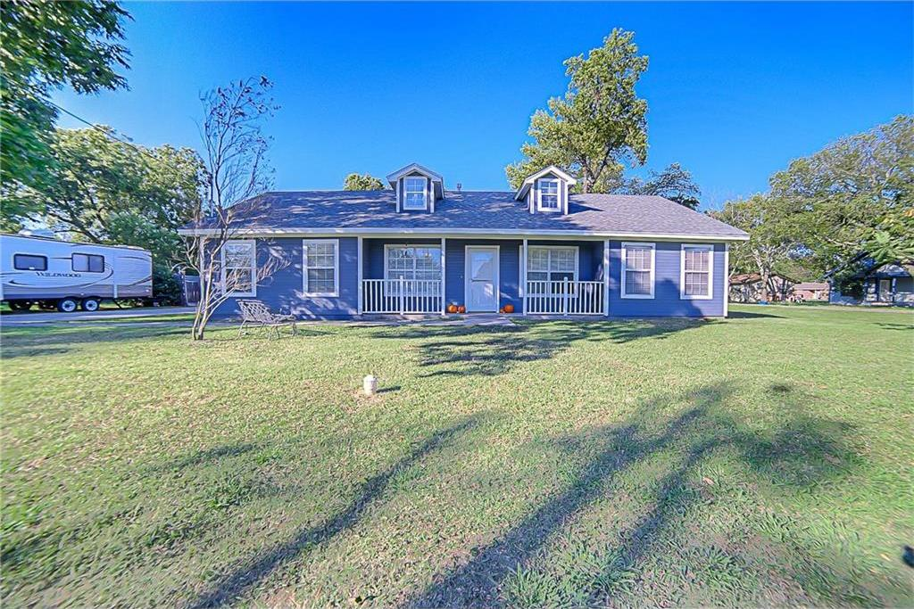 Sold Property | 503 E Hinton Street Tioga, Texas 76271 2
