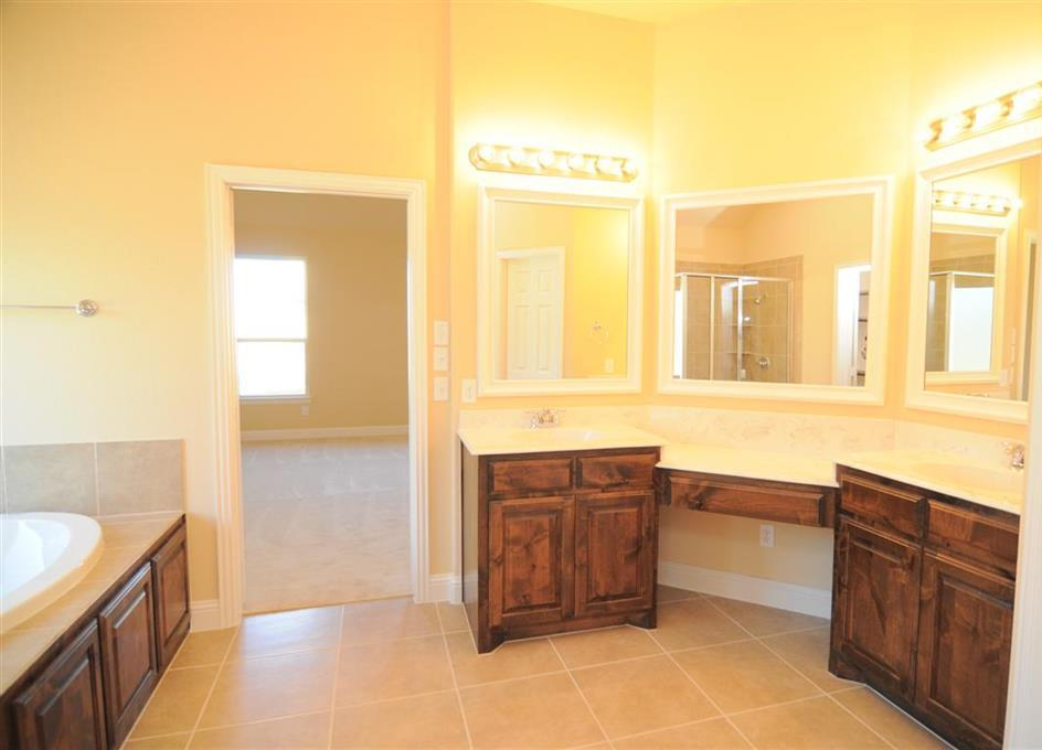 Sold Property | 2621 Flowing Springs Drive Fort Worth, Texas 76177 12