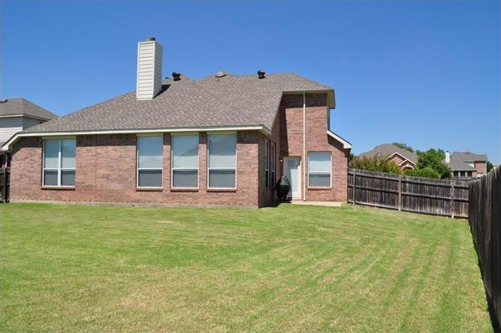 Sold Property | 5228 Dove Creek Drive Fort Worth, Texas 76244 3