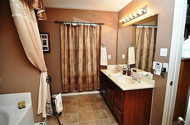 Sold Property | 716 Mallard Drive Saginaw, Texas 76131 11