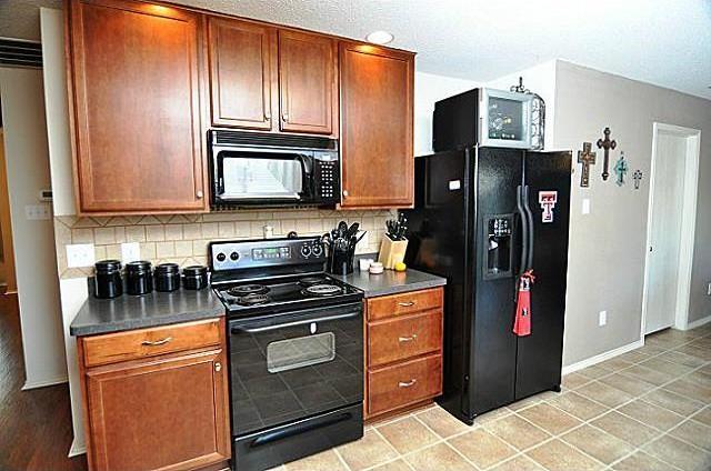 Sold Property | 716 Mallard Drive Saginaw, Texas 76131 4