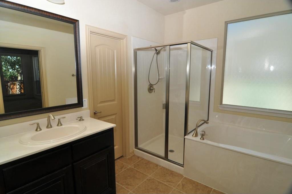 Sold Property | 5804 Tuleys Creek Drive Fort Worth, Texas 76137 12