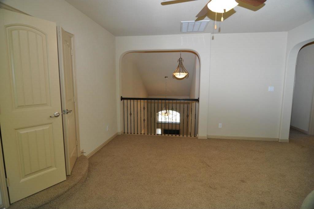 Sold Property | 5804 Tuleys Creek Drive Fort Worth, Texas 76137 13