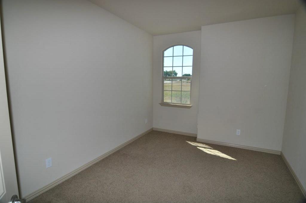 Sold Property | 5804 Tuleys Creek Drive Fort Worth, Texas 76137 18