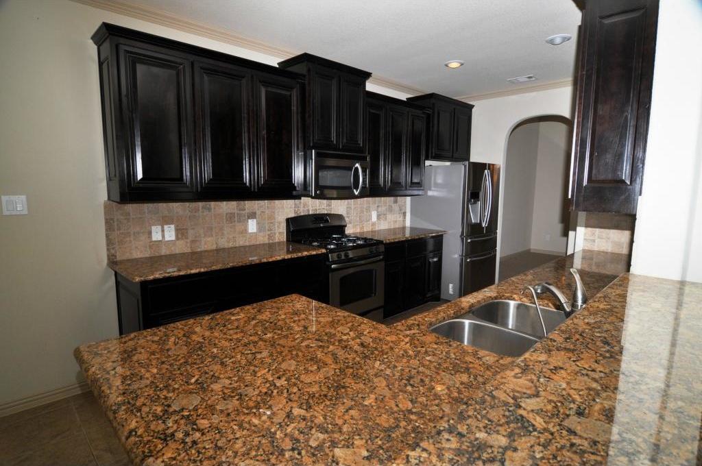 Sold Property | 5804 Tuleys Creek Drive Fort Worth, Texas 76137 2