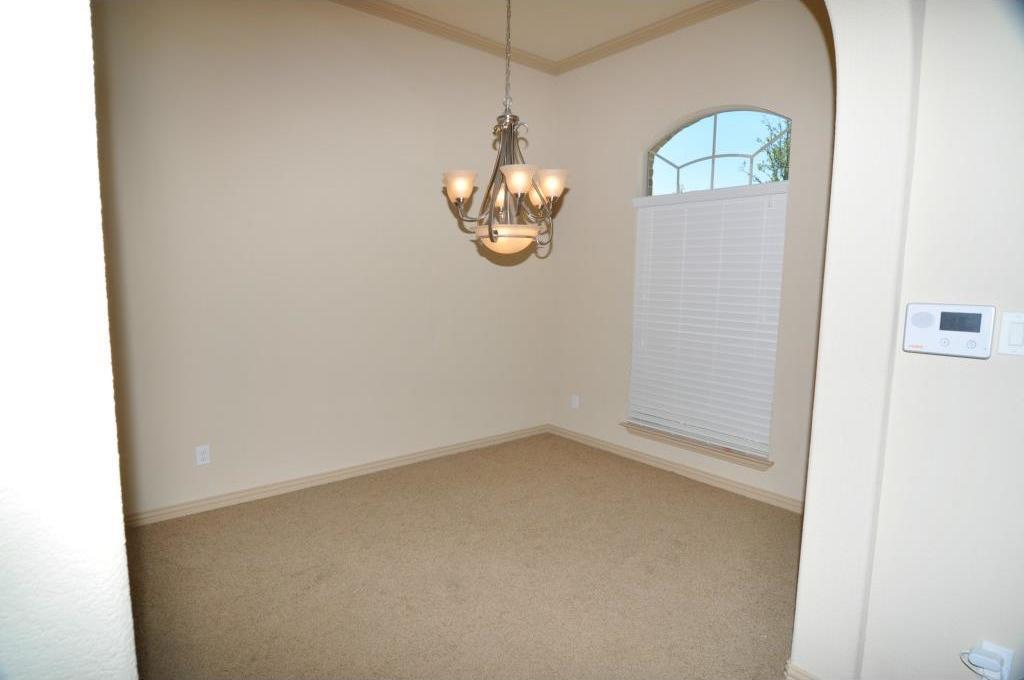 Sold Property | 5804 Tuleys Creek Drive Fort Worth, Texas 76137 6