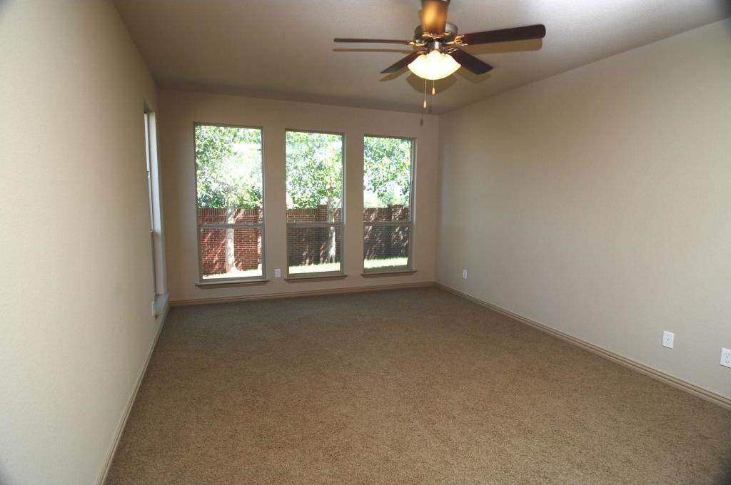 Sold Property | 5804 Tuleys Creek Drive Fort Worth, Texas 76137 9