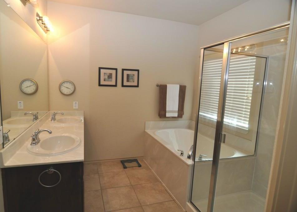 Sold Property   10853 Calderwood Lane Fort Worth, Texas 76052 13