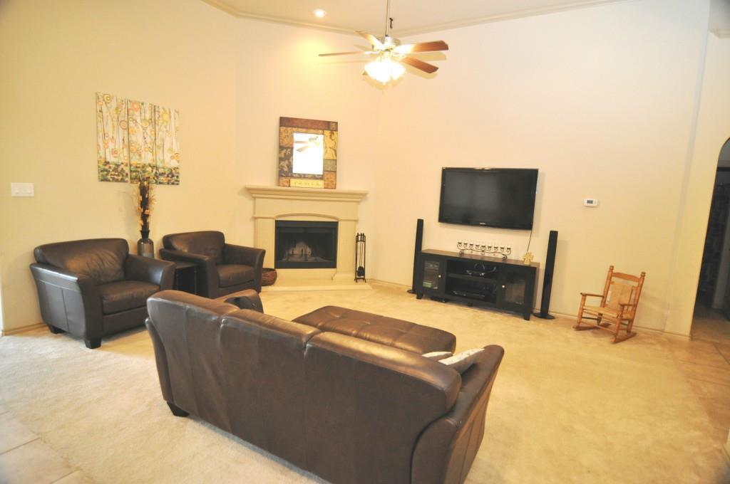 Sold Property   10853 Calderwood Lane Fort Worth, Texas 76052 7