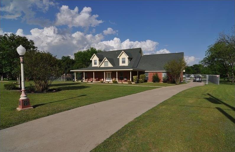 Sold Property | 418 Saddle Road White Settlement, Texas 76108 0
