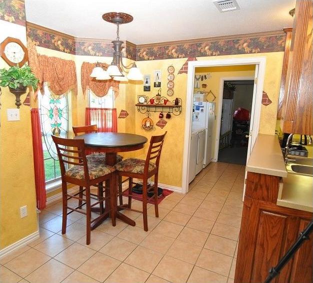 Sold Property | 418 Saddle Road White Settlement, Texas 76108 5