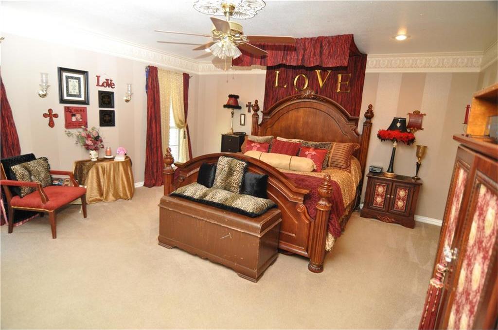 Sold Property | 418 Saddle Road White Settlement, Texas 76108 8