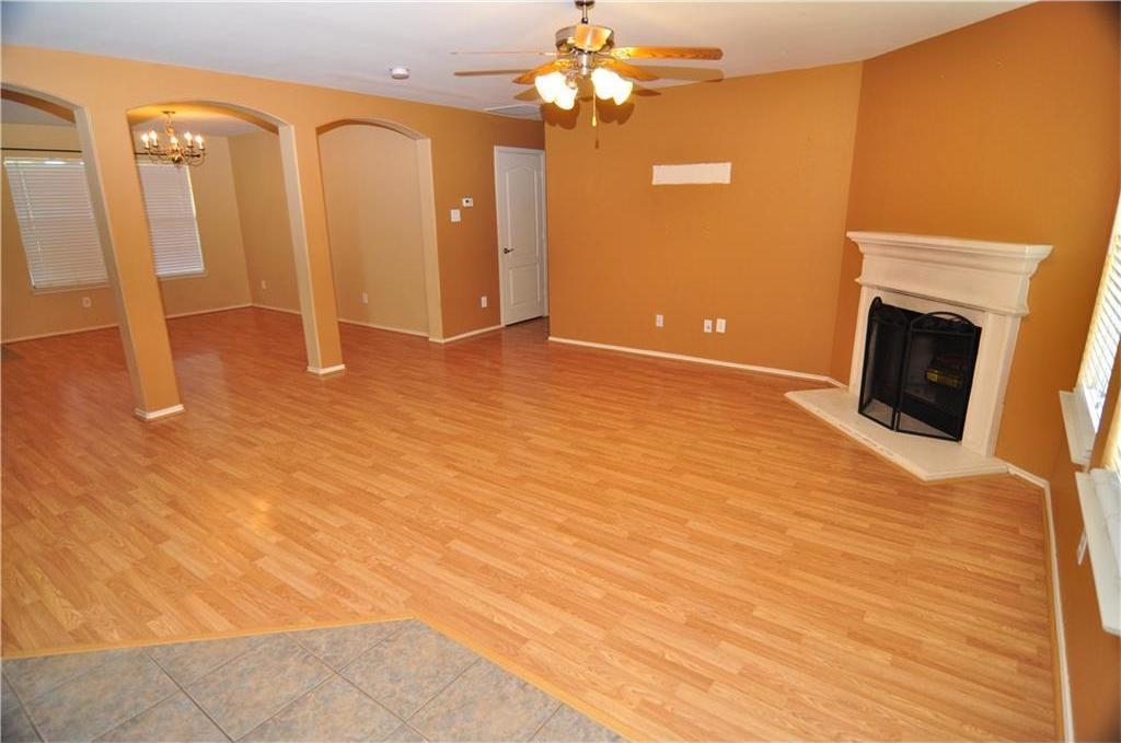 Sold Property   725 Mallard Drive Saginaw, Texas 76131 2