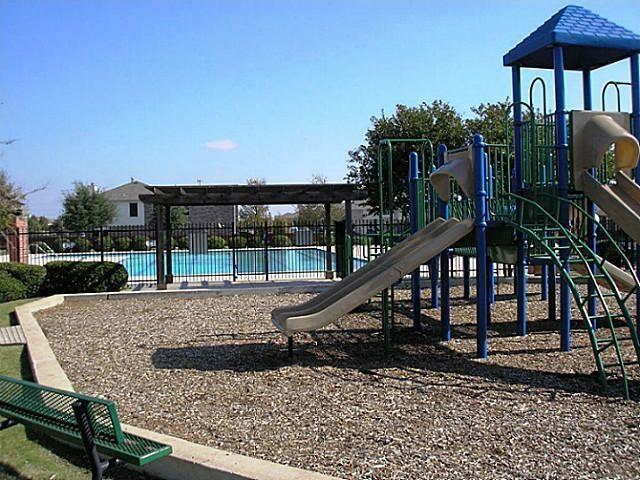 Sold Property   725 Mallard Drive Saginaw, Texas 76131 26