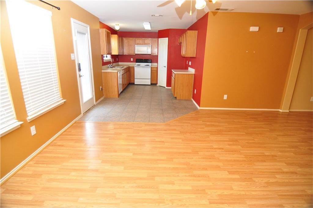 Sold Property   725 Mallard Drive Saginaw, Texas 76131 5