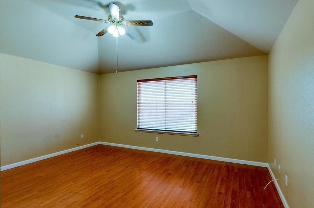 Sold Property | 3609 Venera Street Fort Worth, Texas 76106 10