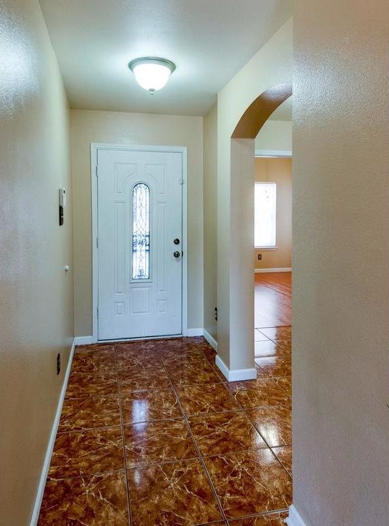 Sold Property | 3609 Venera Street Fort Worth, Texas 76106 2