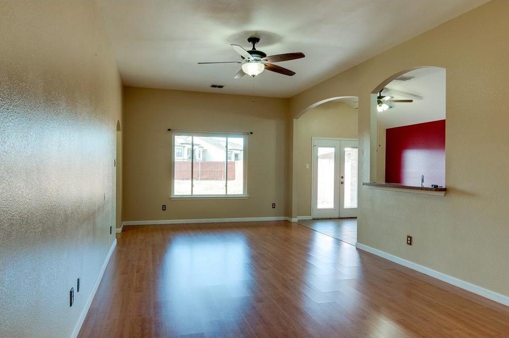 Sold Property | 3609 Venera Street Fort Worth, Texas 76106 5
