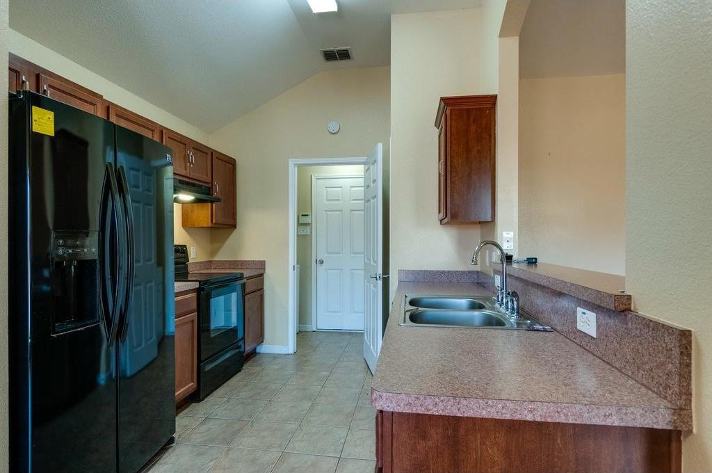 Sold Property | 3609 Venera Street Fort Worth, Texas 76106 6