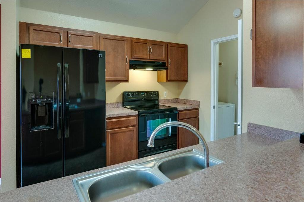 Sold Property | 3609 Venera Street Fort Worth, Texas 76106 7