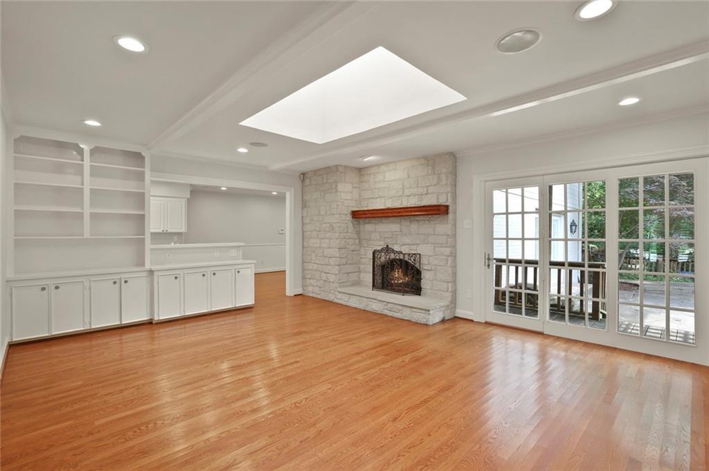DFW Luxury Real Estate   901 N Waterview Drive Richardson, TX 75080 16