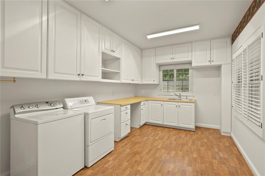 DFW Luxury Real Estate   901 N Waterview Drive Richardson, TX 75080 26