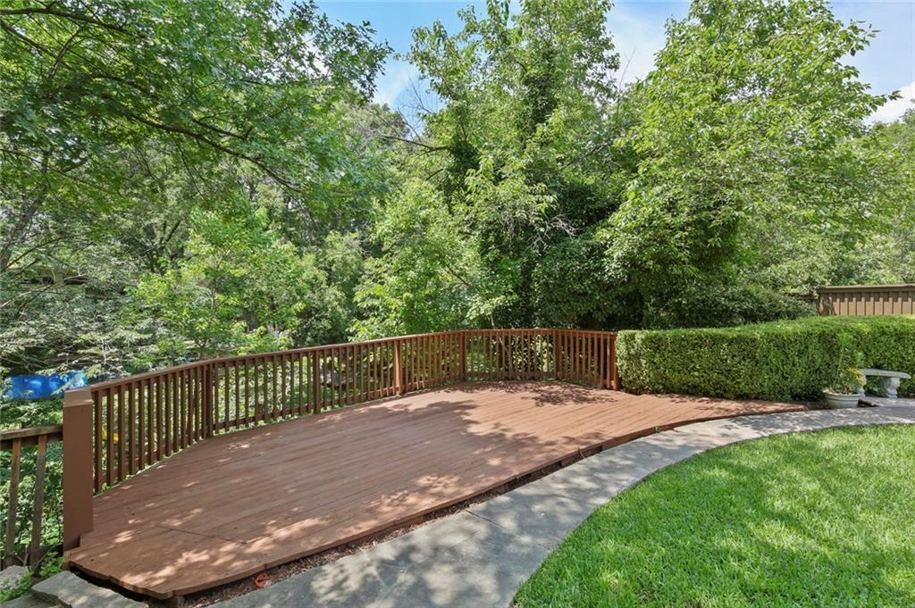 DFW Luxury Real Estate   901 N Waterview Drive Richardson, TX 75080 37
