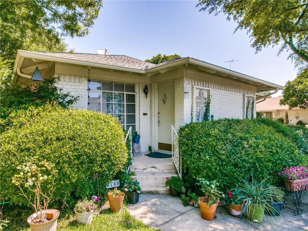 Sold Property | 6209 Saint Moritz Avenue Dallas, TX 75214 1