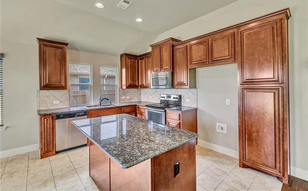 Sold Property | 1213 Longhorn Drive Aubrey, Texas 76227 11