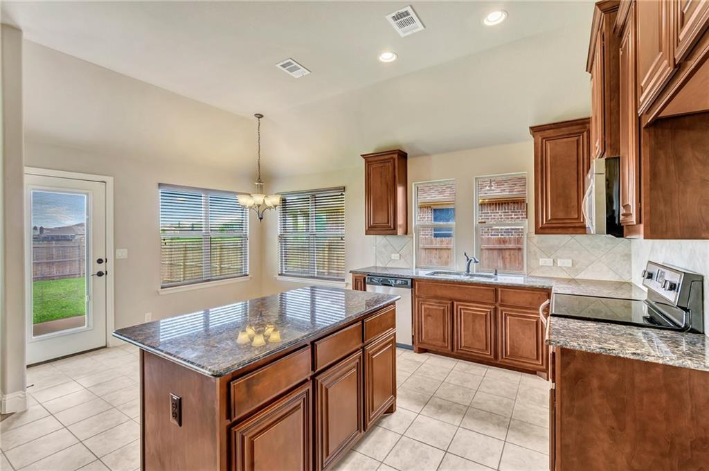 Sold Property | 1213 Longhorn Drive Aubrey, Texas 76227 15