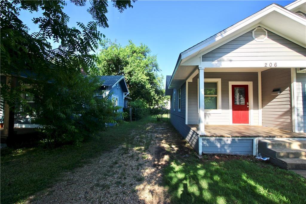 Sold Property | 206 S Marlborough Avenue Dallas, TX 75208 3