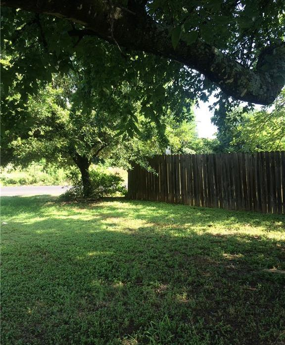 Leased   4801 Aberdeen Drive #A Austin, TX 78745 13