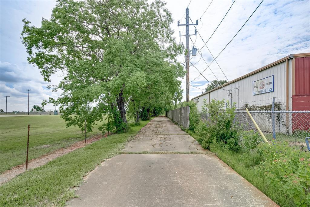 Active | 4600,4606, 4610 & 4654 Katy Hockley Cut Off Road Katy, Texas 77493 6