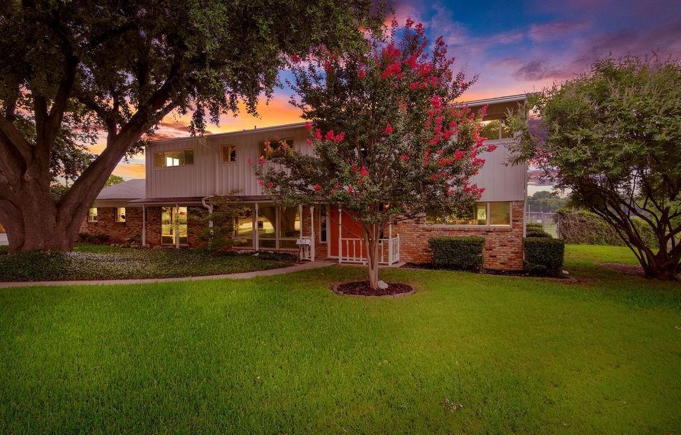 Sold Property | 4404 Starlight Drive Haltom City, TX 76117 1